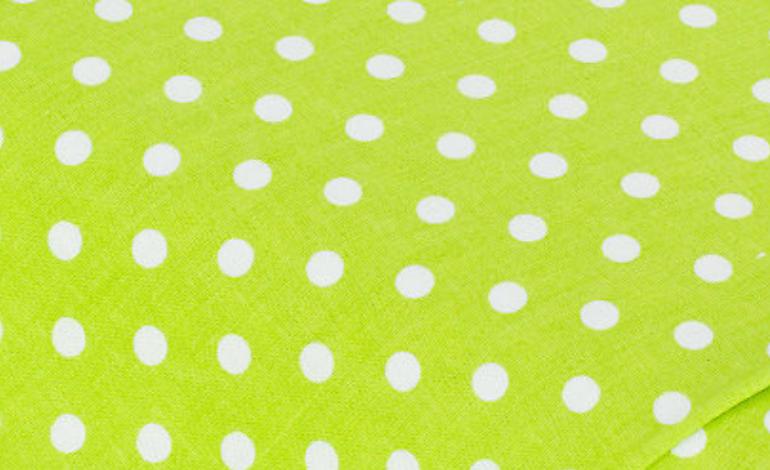 Hellgrün Punkte